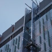 childrens-hospital-location-t-cincinnati,-ohio-(u-shaped-swing-stage-and-10x6-beams-on-scaffolding-towers)-(2)